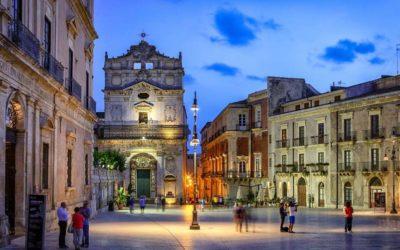 Siracusa, terra delle meraviglie, architetture barocche ne raccontano la rinascita.