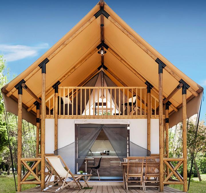 Lodge Luxury Trek