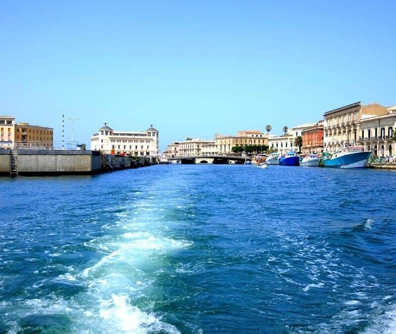 Ortigia in barca